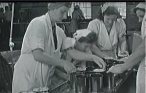 dak-spegepølser-frafilmen1944